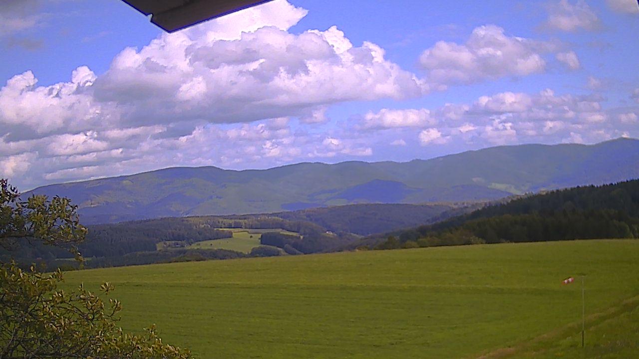 Webcam-Ansicht beim Höhengasthaus zum Kreuz, Höhenhäuser 2, 79215 Biederbach